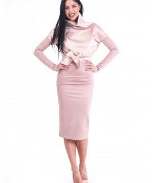 dress in ash pale pink. satin 5
