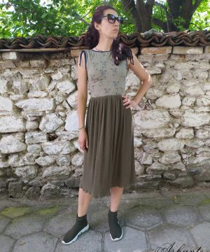 Summer light dress with midi length (3)